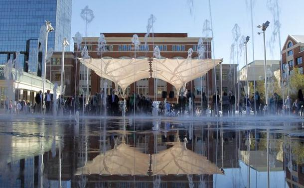 Plaza-Day